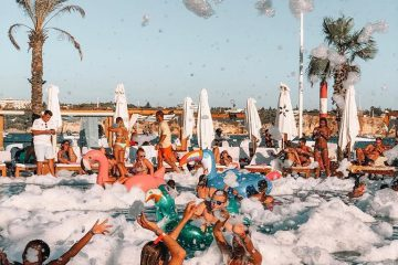 day and night experience in your favorite beach club