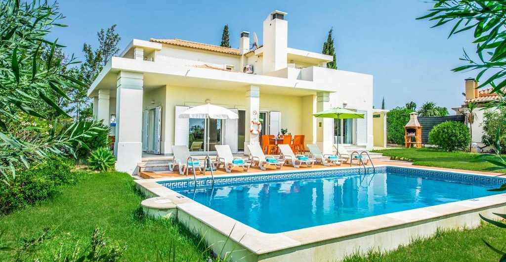 Villas In Algarve